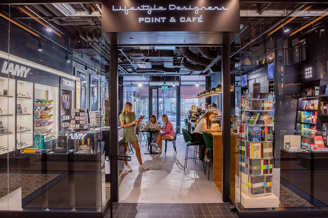 Lifestyle Designers Point & Cafe